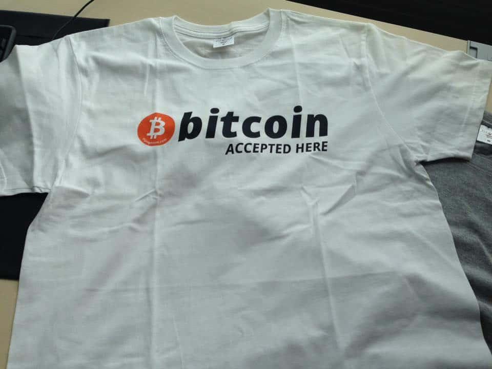 Koszulka z logo bitcoin